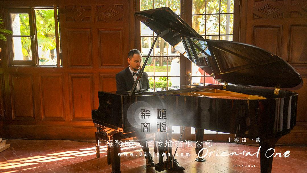 上海外籍钢琴表演